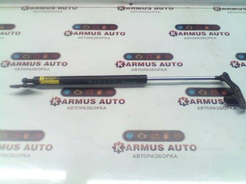 Амортизатор крышки багажника Toyota Highlander ASU40 2GRFE правый