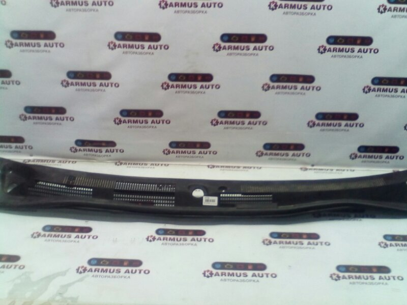 Решетка под дворники Nissan Avenir PNW11 CD20