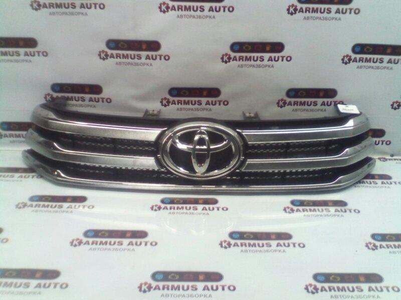 Решетка радиатора Toyota Hilux GUN125 1GDFTV