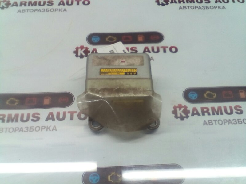 Блок управления airbag Toyota Chaser GX100 1GFE