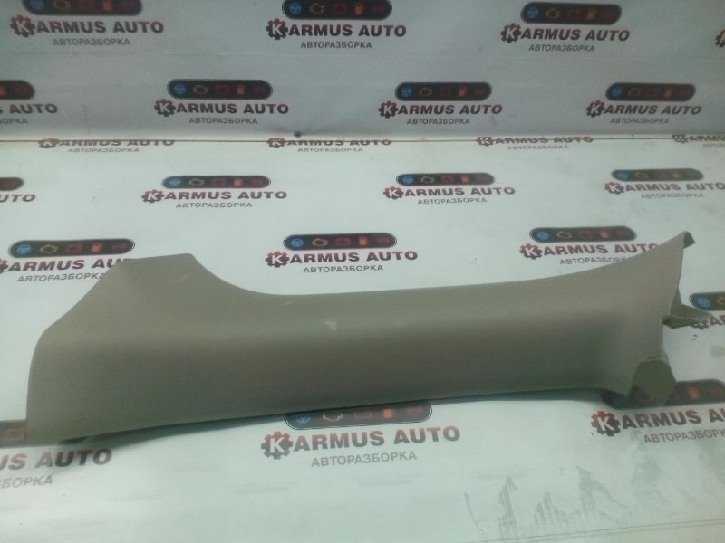 Обшивка стойки Nissan R'nessa N30 KA24DE задняя правая