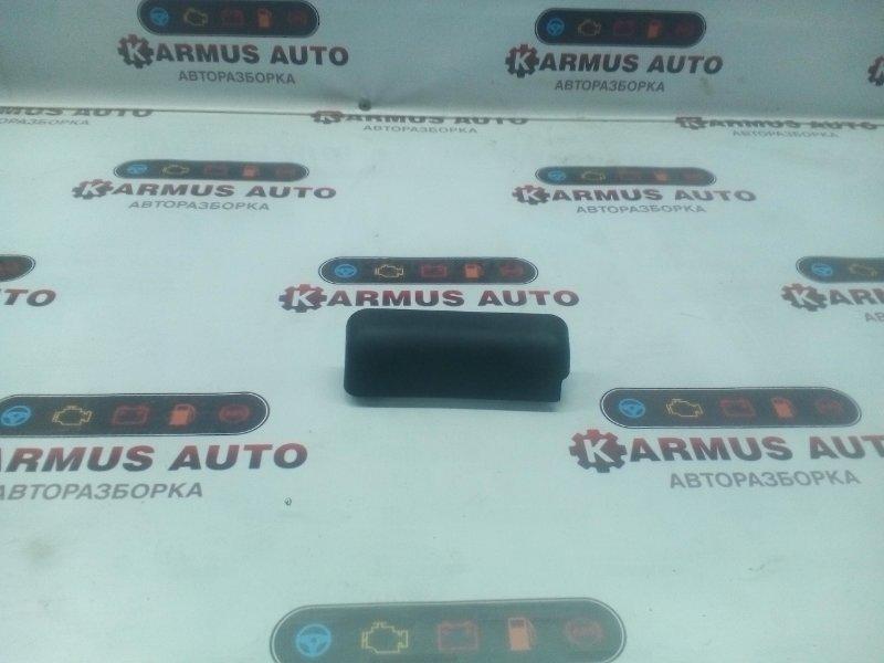 Пластик салона Toyota Hiace KZH100 1KZTE левый