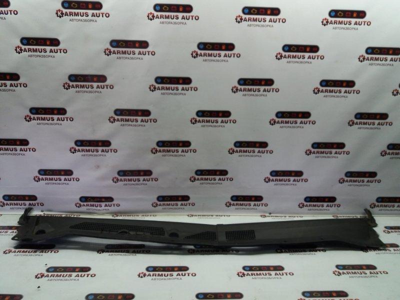 Решетка под дворники Nissan R'nessa N30 KA24DE левая