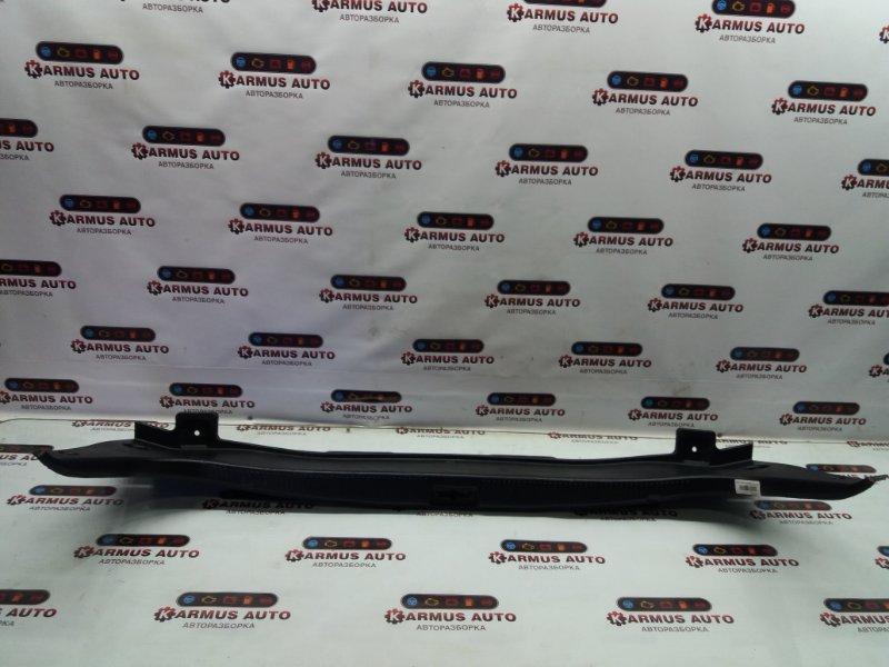 Панель замка багажника Toyota Crown Majesta GRS180 2GRFSE