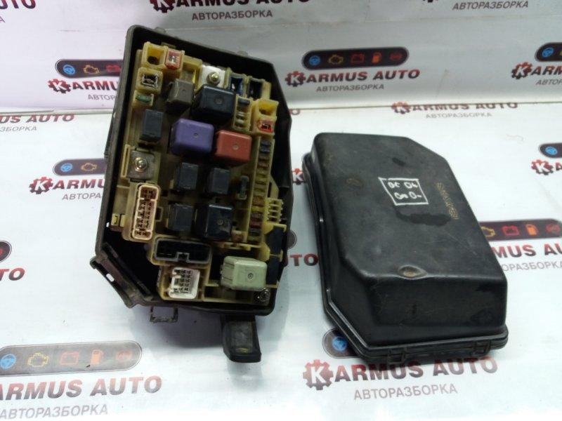 Блок предохранителей Toyota Crown Majesta GS151 1GFE