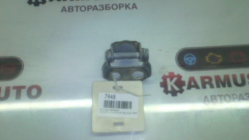 Петля двери багажника Toyota Echo NCP10 1KRFE
