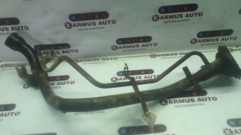 Горловина топливного бака Nissan Bluebird EU14 CD20
