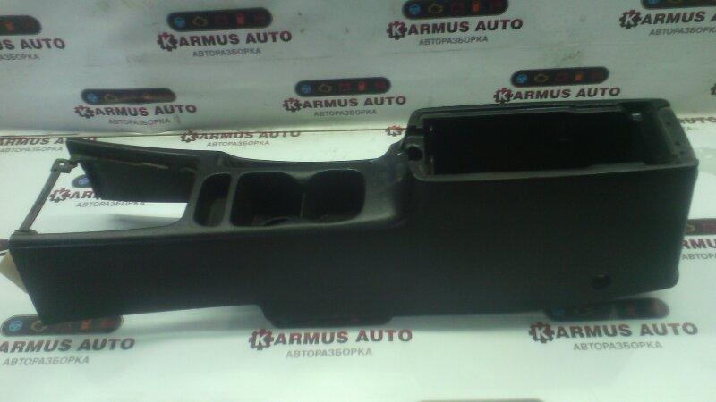 Бардачок центральный Nissan Bluebird EU14 CD20