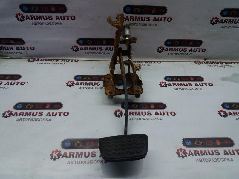 Педаль тормоза Toyota Chaser GX100 1GFE