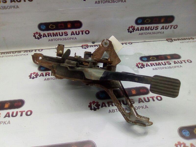 Педаль стояночного тормоза Toyota Crown Majesta GRS180 1URFSE