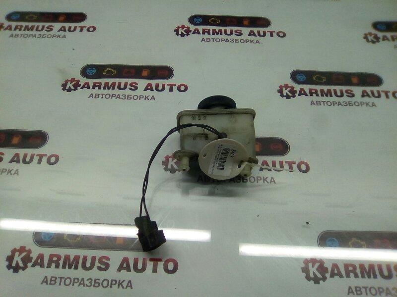 Бачок для тормозной жидкости Mazda Familia BF3V