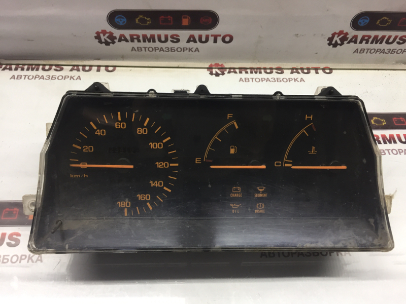 Панель приборов Mazda Familia BF3V