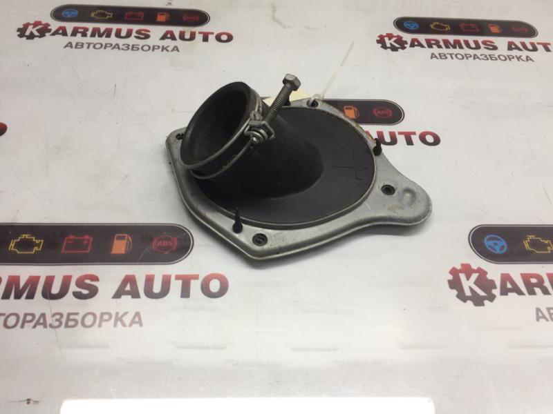 Пыльник рулевой колонки Toyota Gaia ACM15 1AZFSE