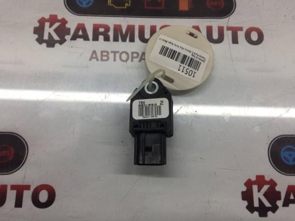 Датчик airbag Toyota Mark X GRX120 1NZFE