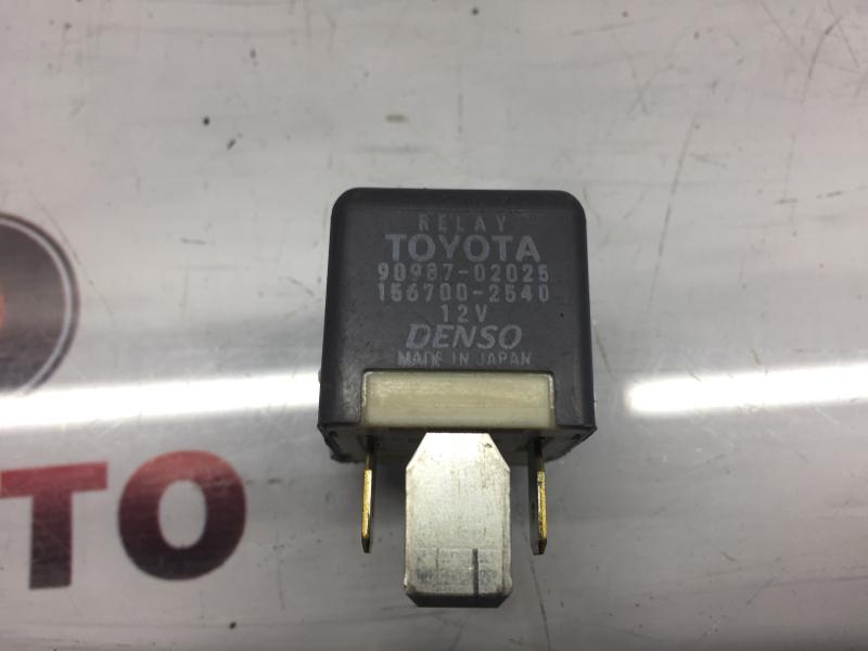 Реле Toyota 4Runner KDY261 4JM