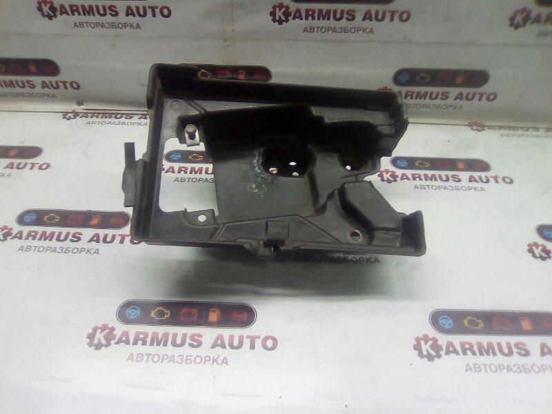 Подставка под аккумулятор Toyota Mark X GRX120 2GRFSE