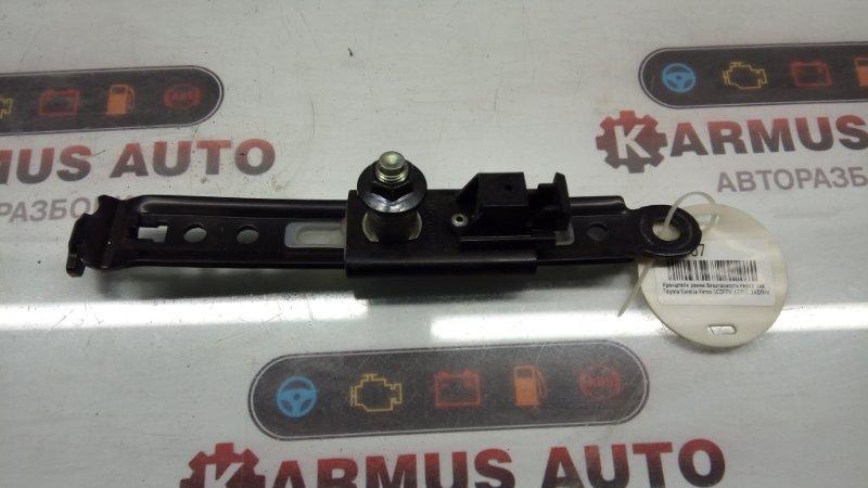 Кронштейн ремня безопасности Toyota Corolla Verso AUR10 1CDFTV передний левый