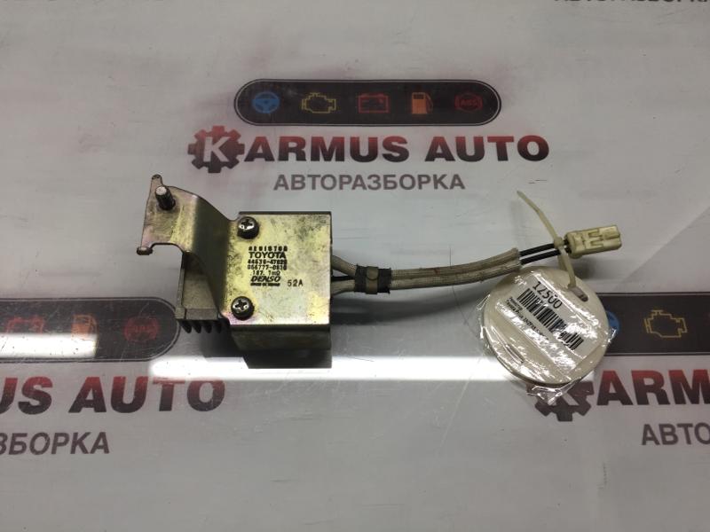 Резистор Toyota Prius NHW20 1NZFXE