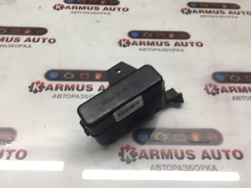 Блок предохранителей Toyota Ipsum SXM10 3SFE