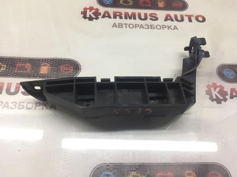 Крепление бампера Honda Mobilio Spike GK1 L15A переднее правое