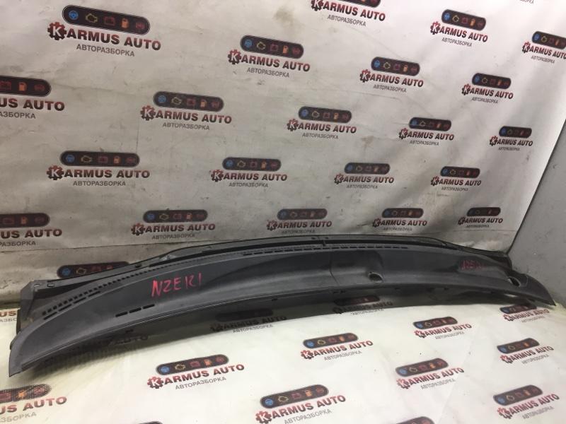Решетка под дворники Toyota Allex NZE121 1NZFE