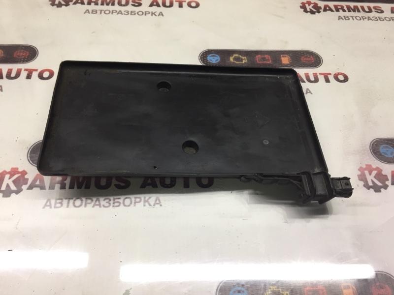 Подставка под аккумулятор Toyota Isis ANM10 1AZFSE