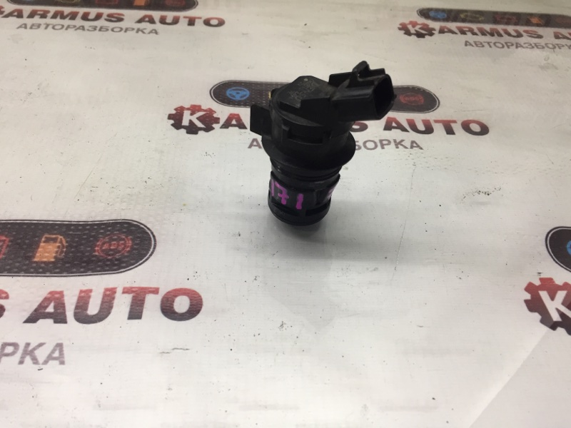 Мотор бачка омывателя Toyota Ist NCP110 1KDFTV передний