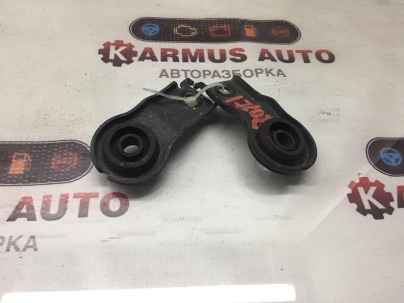 Крепление радиатора Toyota Opa ACT10 1AZFE