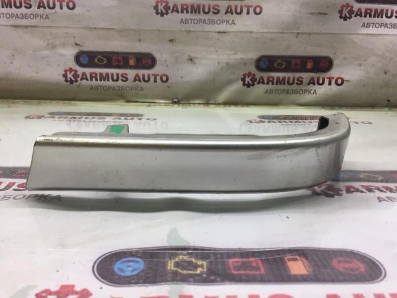 Планка под стоп-сигнал Toyota Crown Majesta GS171 1GFE правая