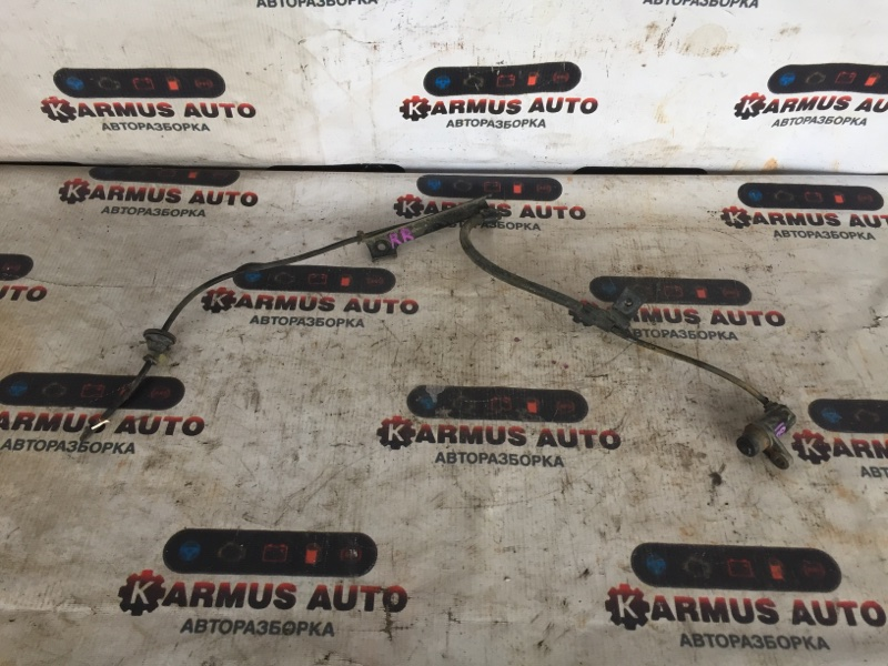 Датчик abs Toyota Crown JZS177 1UZFE задний левый