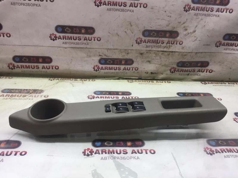 Блок управления стеклоподъемником Toyota Passo QNC10 передний правый