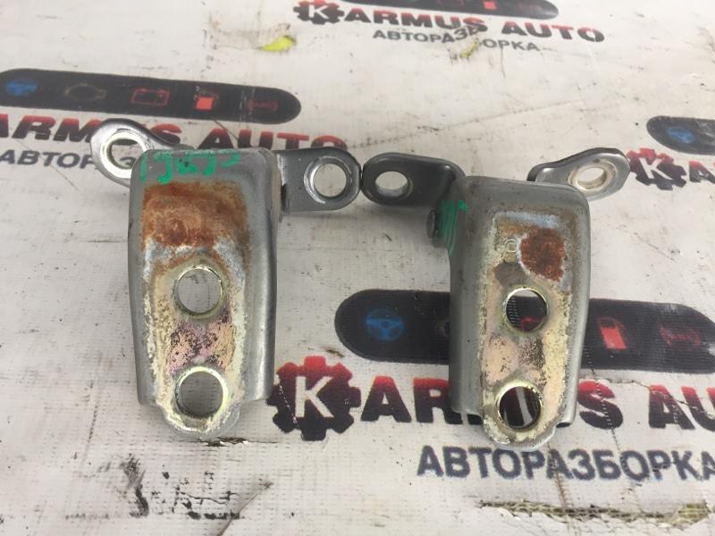 Петля двери Honda Mobilio Spike GK1 передняя левая