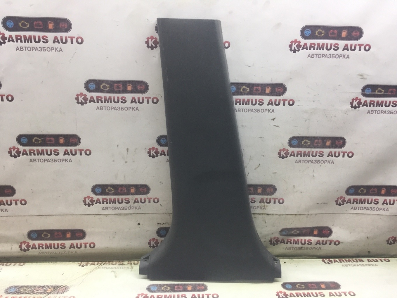 Обшивка стойки Toyota Corolla NZE121 левая