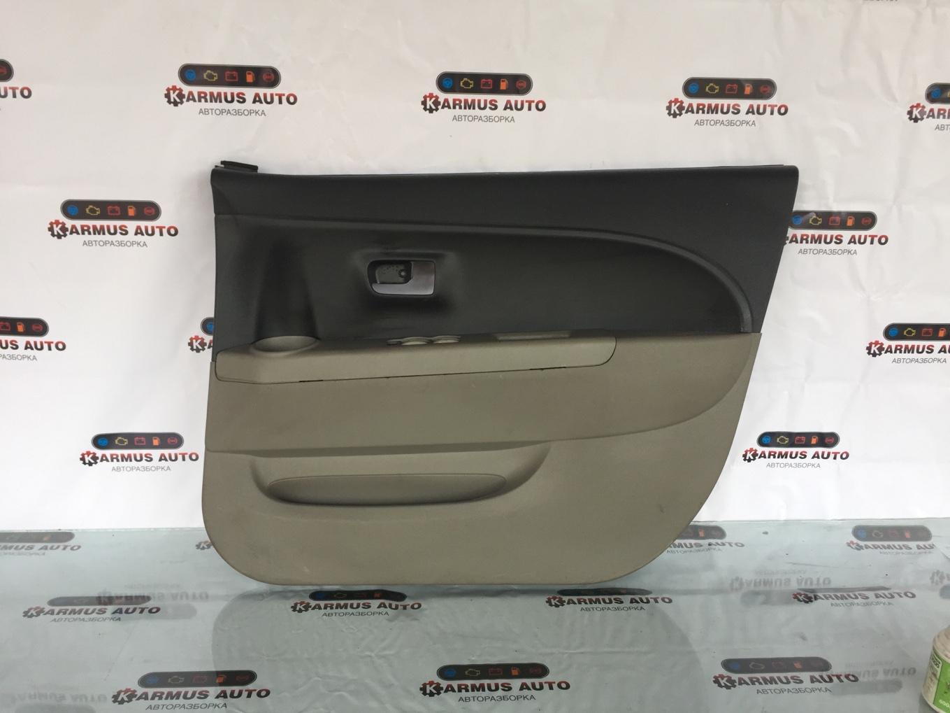 Обшивка двери Toyota Passo KGC10 передняя правая