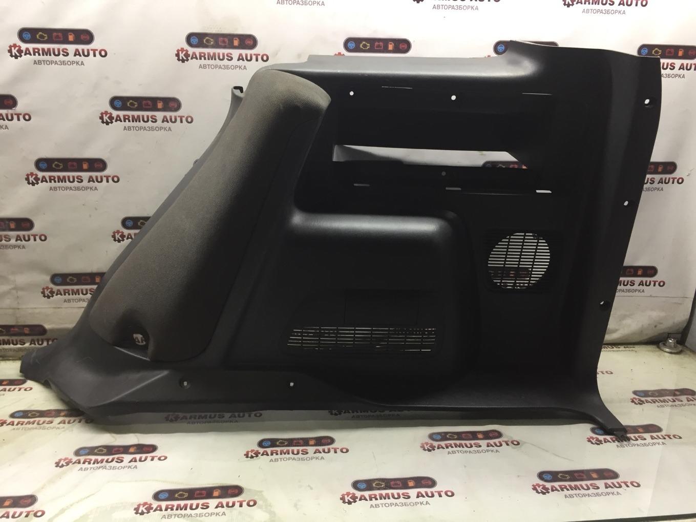 Обшивка багажника Toyota Rav4 SXA16 правая