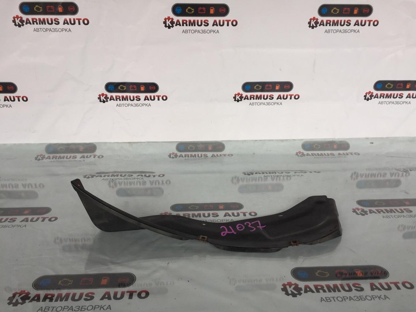 Подкрылок Toyota Rav4 SXA16 задний правый