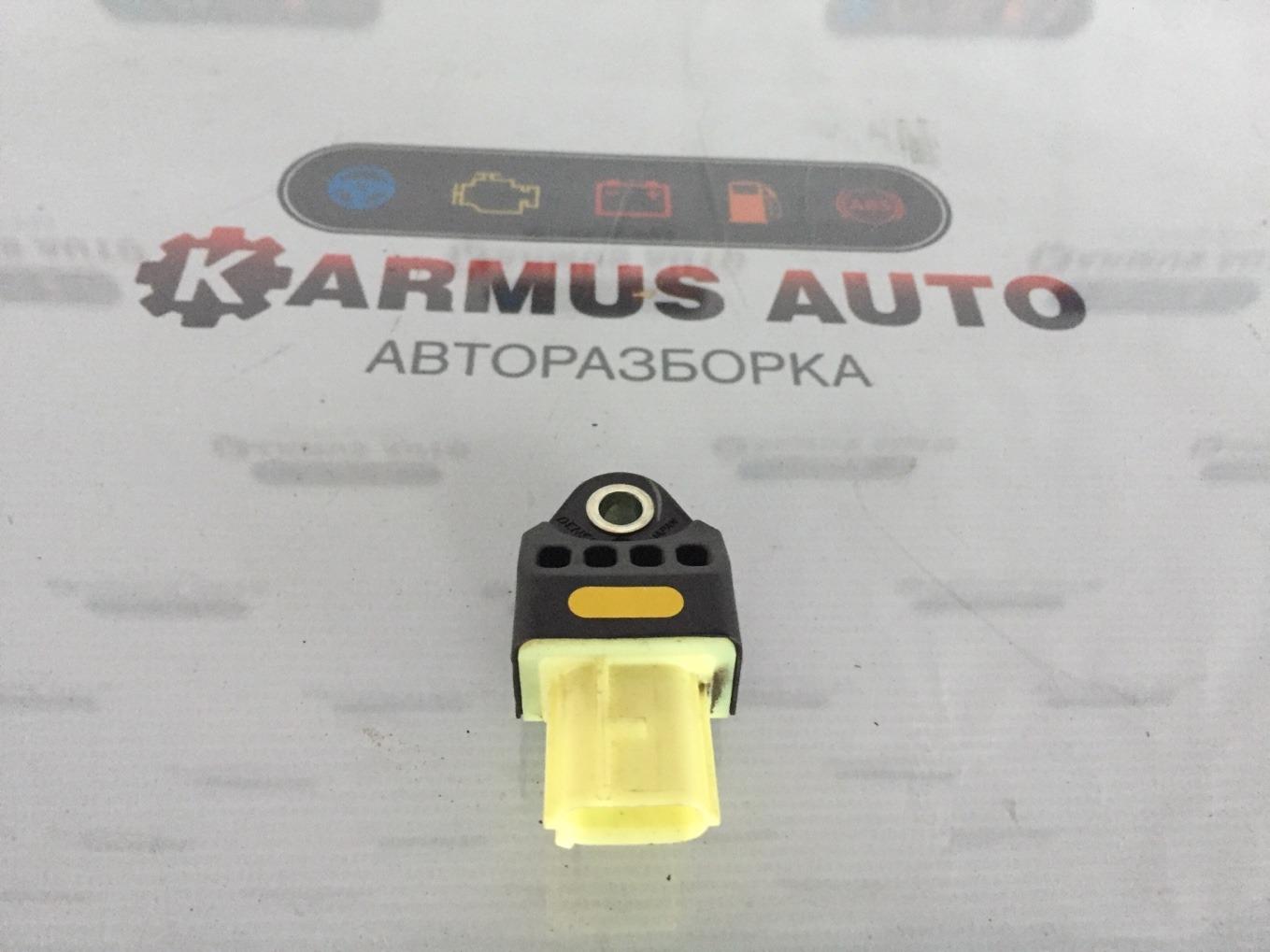 Датчик airbag Lexus Gs450H GWL10 2GRFXE 2012 задний правый