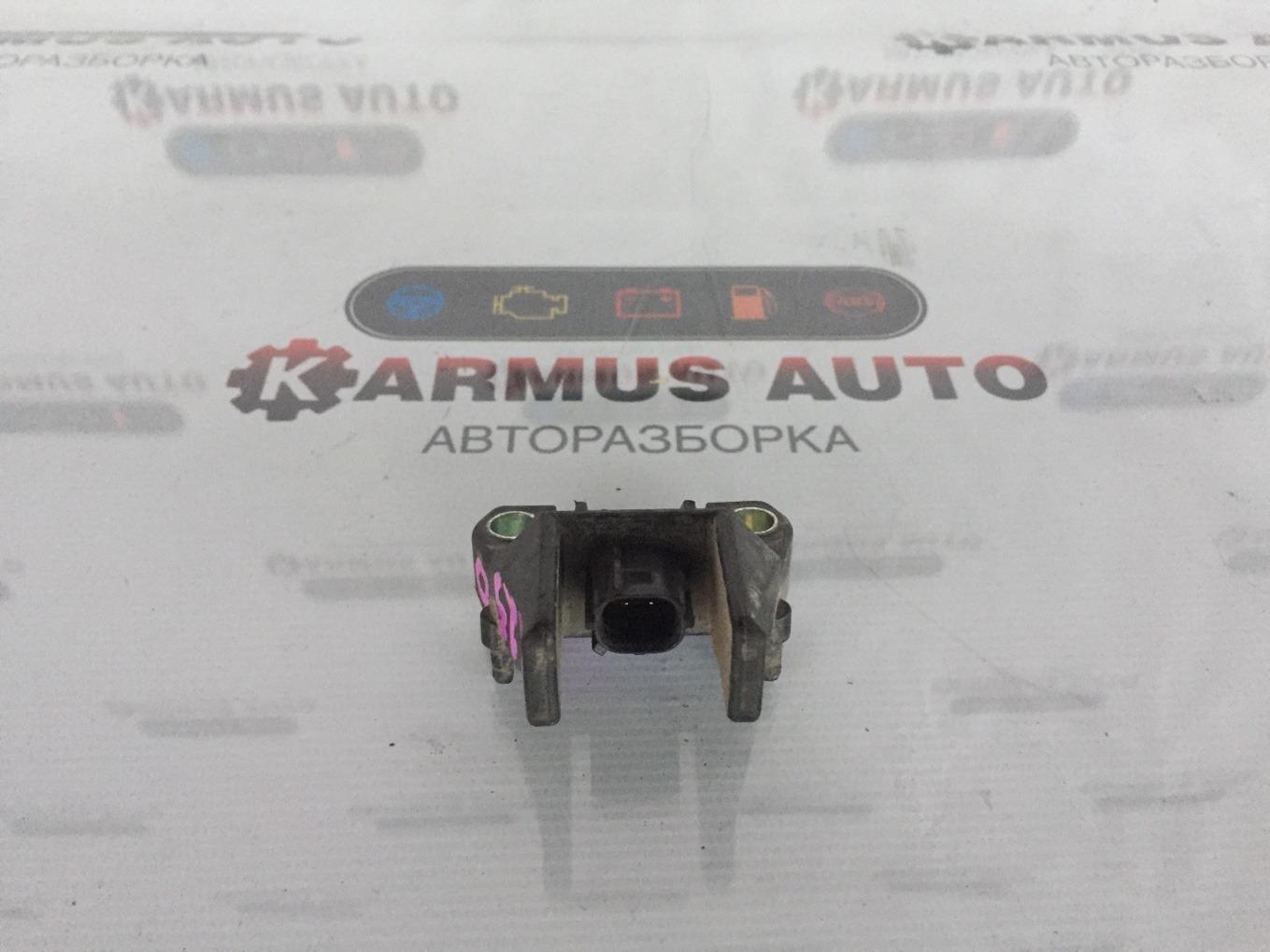 Датчик airbag Lexus Gs450H GWL10 2GRFXE 2012 передний левый