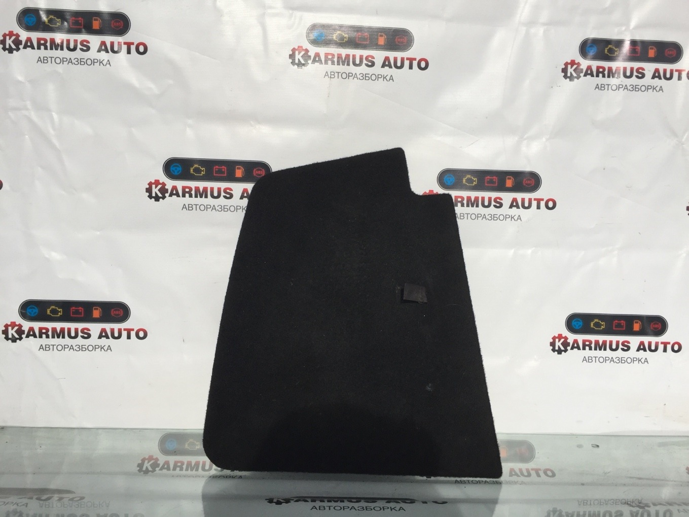 Обшивка багажника Lexus Gs450H GWL10 2GRFXE 2012 правая