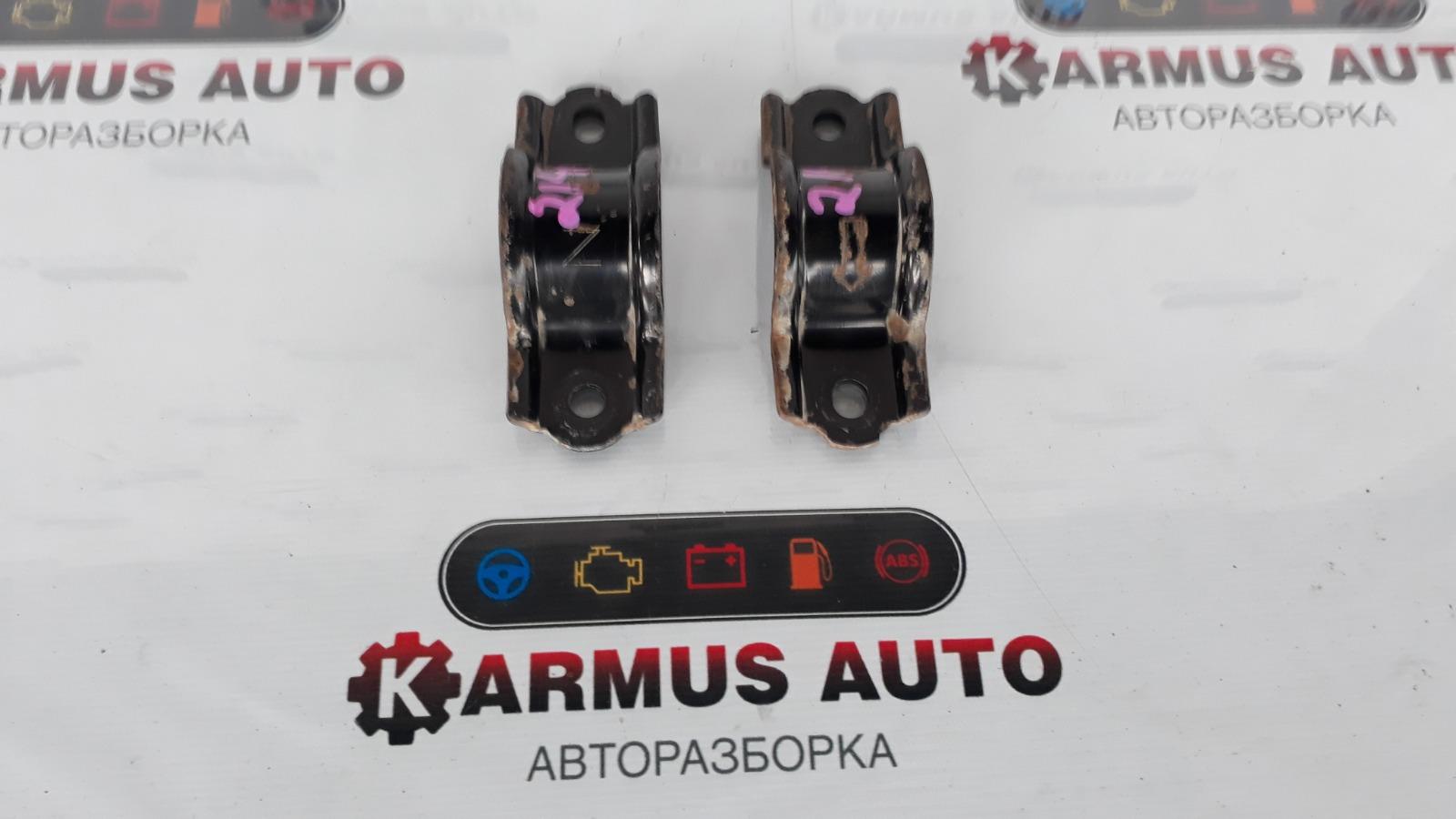 Крепление стабилизатора Lexus Gs450H GWL10 2GRFXE 2012 заднее