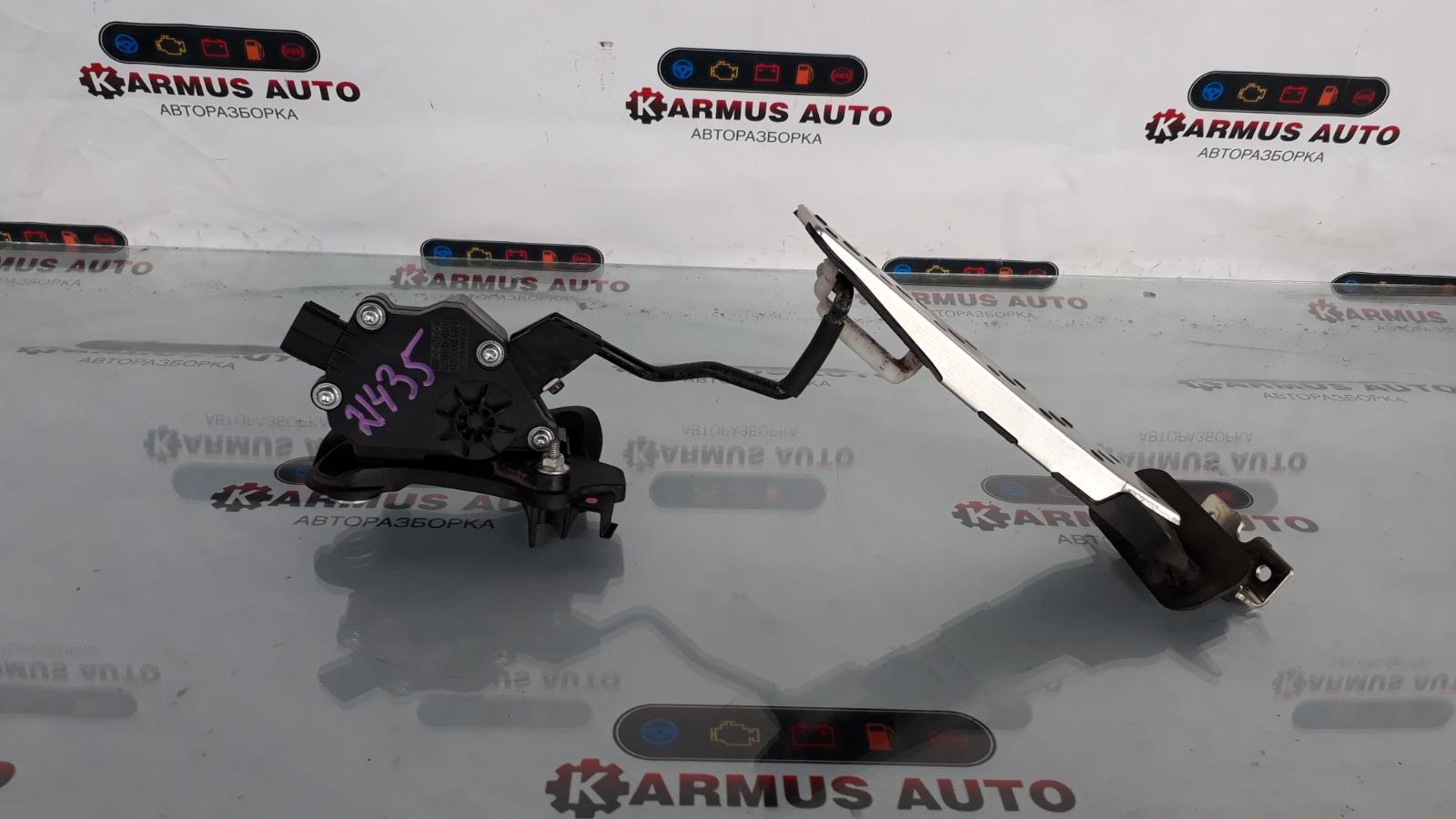 Педаль газа Lexus Gs450H GWL10 2GRFXE 2012