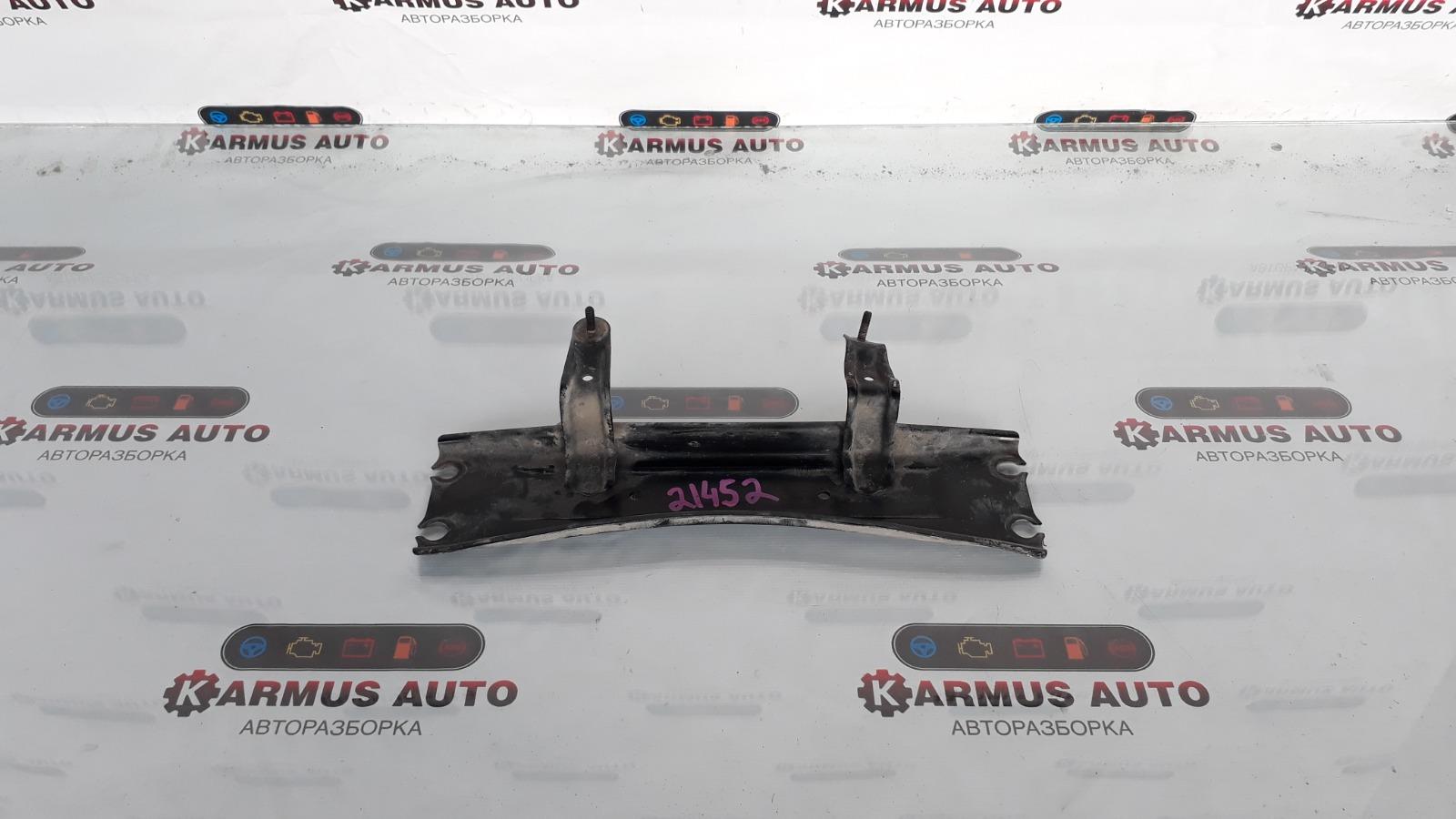 Кронштейн Lexus Gs450H GWL10 2GRFXE 2012