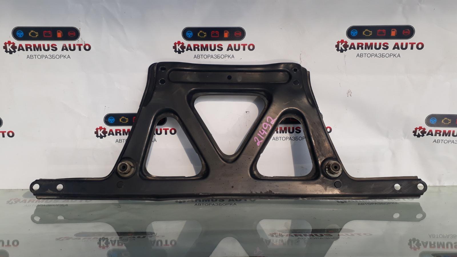 Кронштейн балки Lexus Gs450H GWL10 2GRFXE 2012