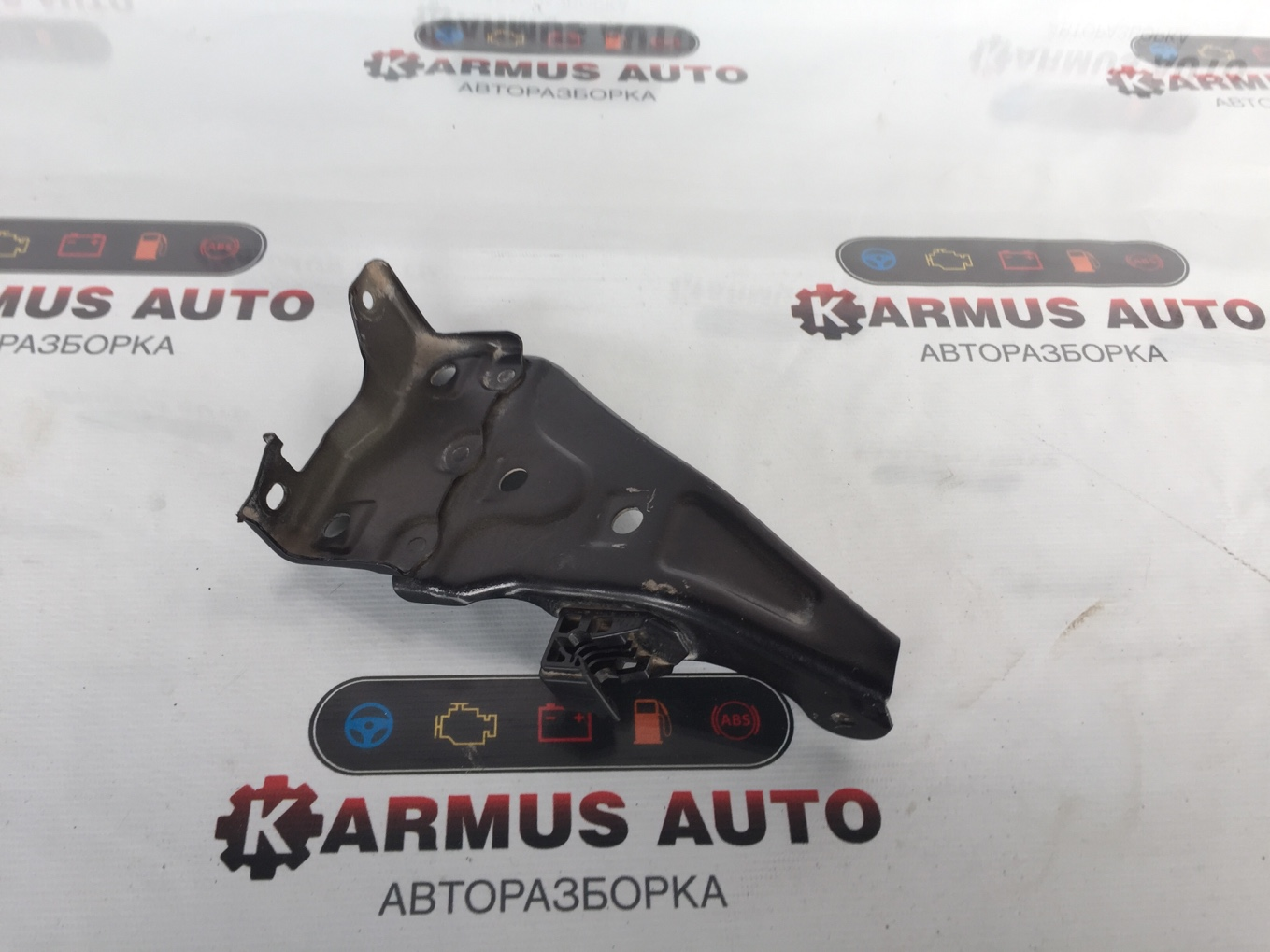 Крепление бампера Lexus Gx460 URJ150 переднее левое