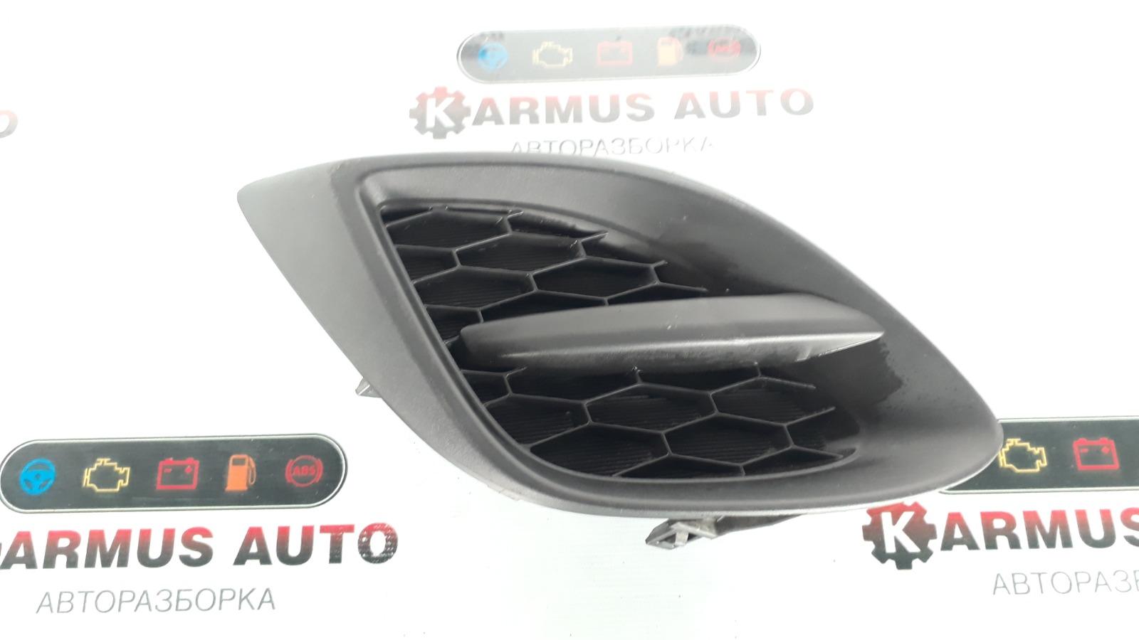 Заглушка в бампер Mazda Demio DE3AS передняя правая