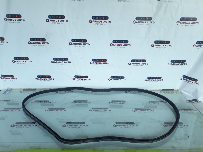 Уплотнитель багажника Lexus Gs450H GWL10 2GRFXE 2012