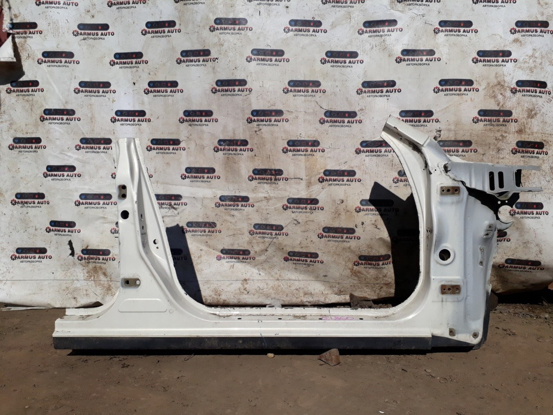 Порог кузова Toyota Chaser JZX100 правый