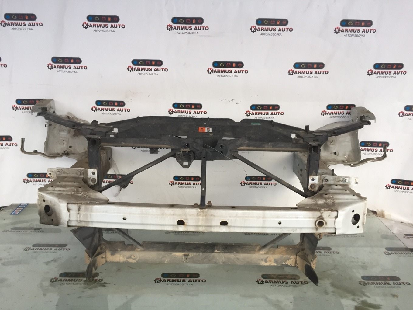 Рамка радиатора Mazda Atenza GG3P