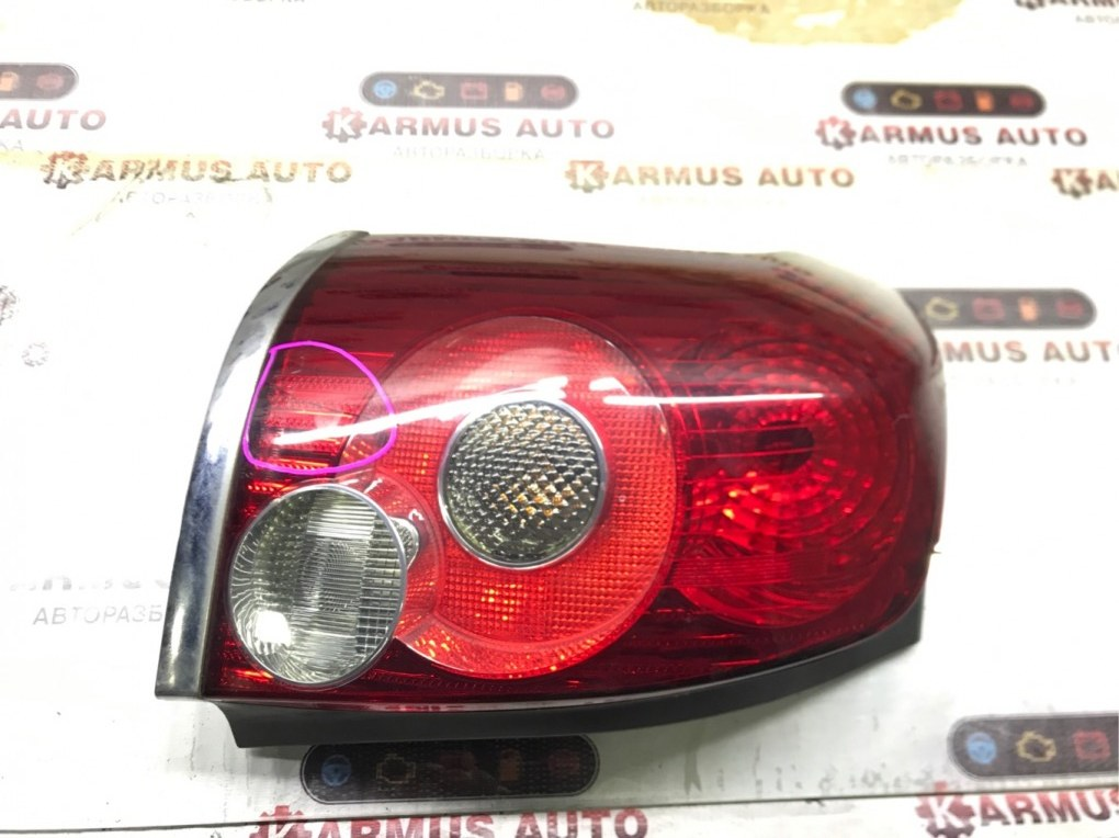 Стоп-сигнал Toyota Avensis AZT250 1AZFSE левый