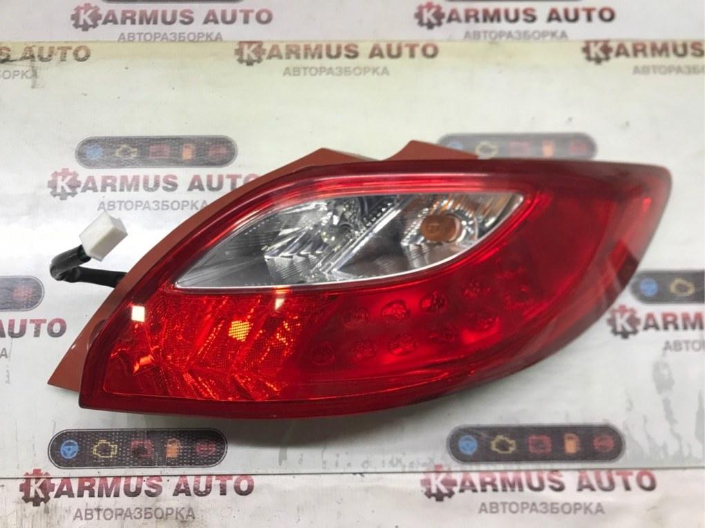 Стоп-сигнал Mazda Demio DE3FS правый